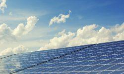 La fotovoltaica instala en 2020 más potencia que en 2008