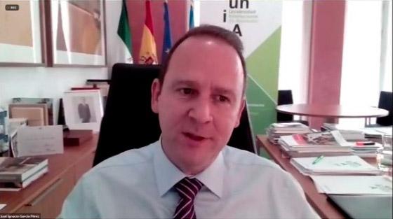 El rector de la UNIA presenta la Cátedra UICN para la Conservación de la Naturaleza